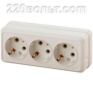 Intro Quadro Розетка 3х2Р+E, 16A-250В, IP20, ОУ, сл. кость 2-206-02 (открытая установка)