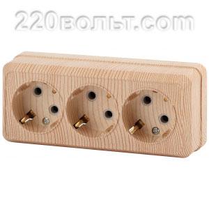 Intro Quadro Розетка 3х2Р+E, 16A-250В, IP20, ОУ, сосна 2-206-11 (открытая установка)