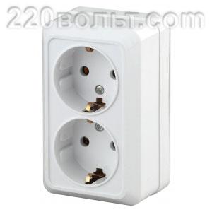 Intro Quadro Розетка 2x2P+E Schuko16А-250В IP20 ОУ белый 2-204-01